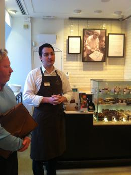 The first stop was the Godiva Chocolate Store situated at Grand Place. Wonderful presentation and the first chocolate tasting - yummy!, Dominique - September 2011