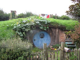 Hobbiton , JENNIFER K - June 2015
