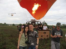 After 30 minutes Hot Air Ballooning, we have finished and it will start again to go another place., Edmond Leung - January 2009