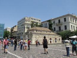 La iglesia se encuentra dentro de la plaza , Guillermito - August 2015