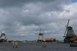 Windmills along the canal , sueg - May 2014