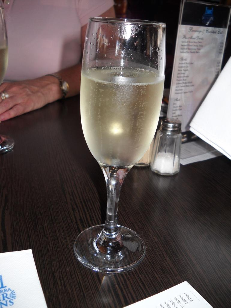 Champagne - Brisbane