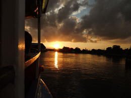 Sunset on the Jungle Queen. , Kiri105 - October 2011