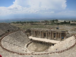 Amazing theater, Patricia P - July 2014