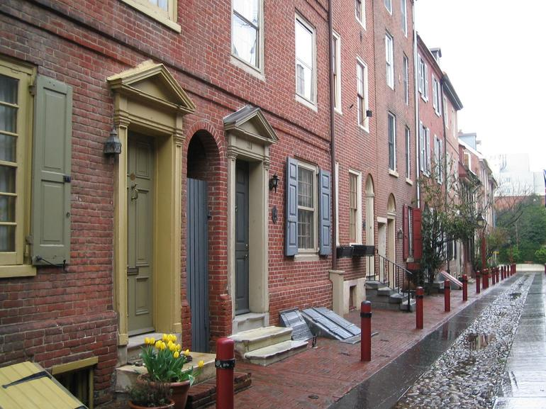 Old Street in Philadelphia - New York City