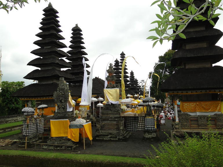 Bali Monkey Forest, Mengwi Temple, and Tanah Lot Afternoon Tour photo 28