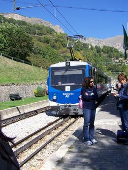 You board at Queralbs and go up to Ripoll, Rhonda R - October 2009