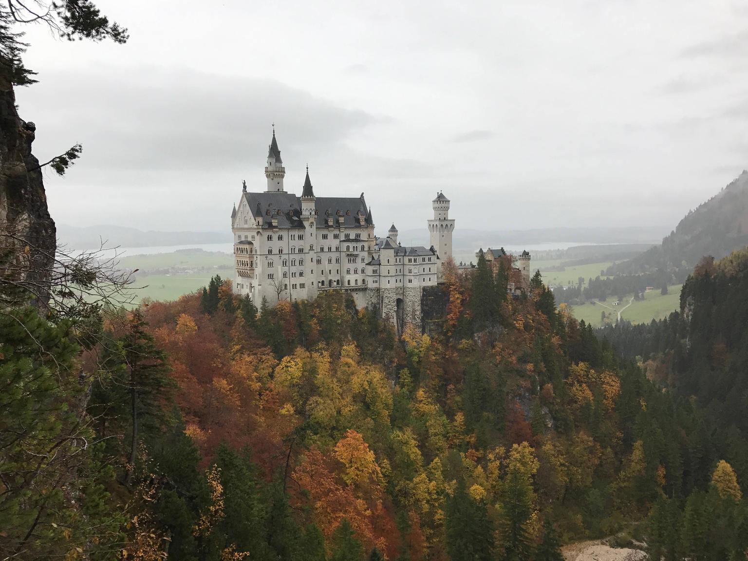 MORE PHOTOS, Neuschwanstein castle BikeTour from Munich by train incl.bike ride in fuessen