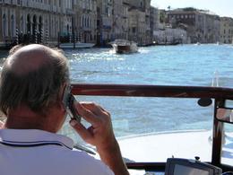 Pode falar ao celular enquanto pilota o táxi??? Na água a lei é diferente??? , PC Rodrigues - September 2013