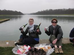 Picnic lunch at Versailles. Wonderful food and wine!, Lynn M - March 2009