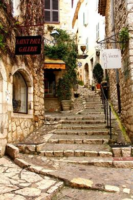 Visiting the town of Saint Paul de Vence! , Kelli W - February 2014