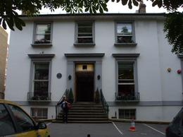 The London Rock Tour brings you to Abbey Road Studios. - July 2011