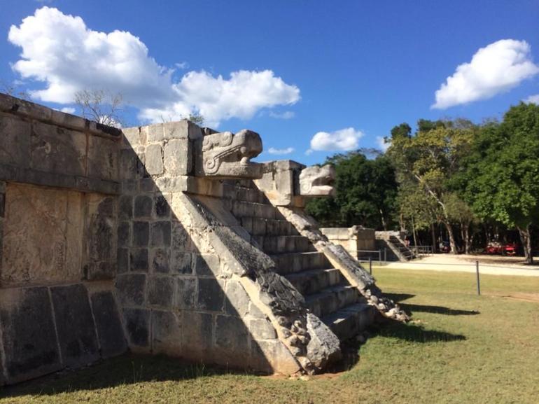 Chichenitza Ruins - Cancun