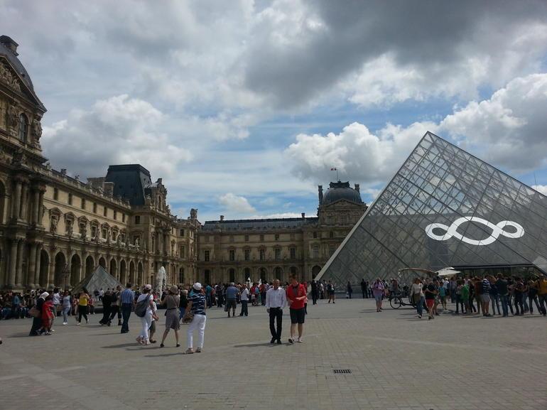 Skip the Line Louvre - Paris