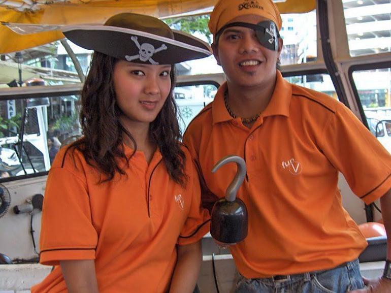 DUKW Explorer Tour - Singapore