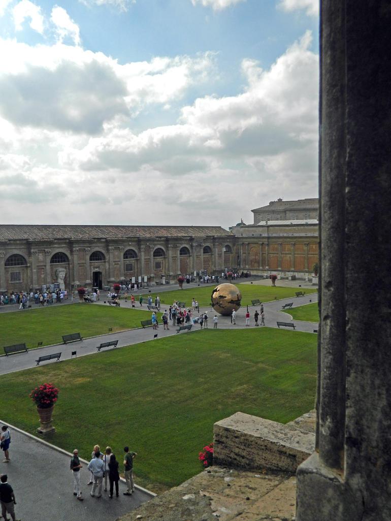 Inner Courtyard - Rome