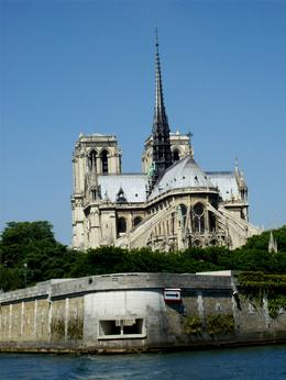 River Cruise is the best way to see the famous Cathedral in all its beauty., Thomas W - June 2010