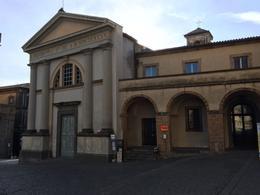 Piazza - Orvieto , Jon - November 2017