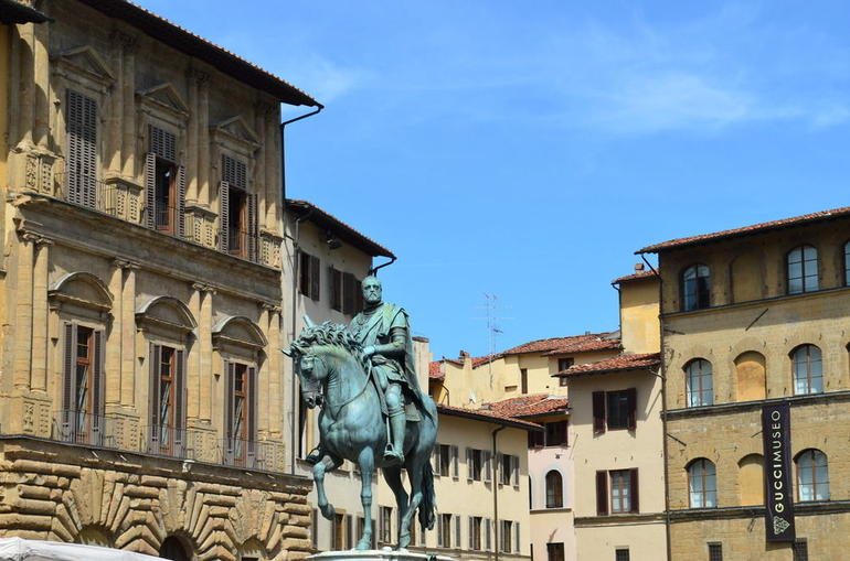 Uffizi Gallery and Vasari Corridor Walking Tour - Florence