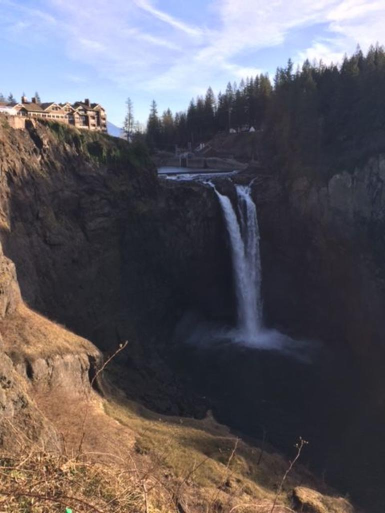 Snoqualmie Falls and Seattle Winery Tour photo 26