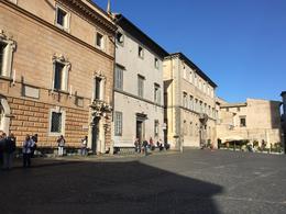 Piazza 2 - Orvieto , Jon - November 2017
