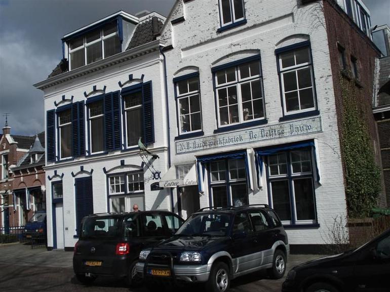 Delft Blue Pottery - Amsterdam
