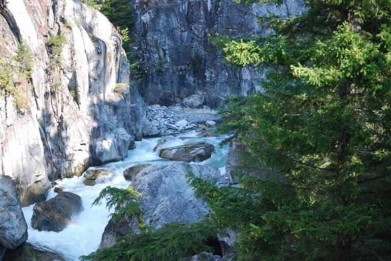 Whistler Train Trip Gorge - Vancouver