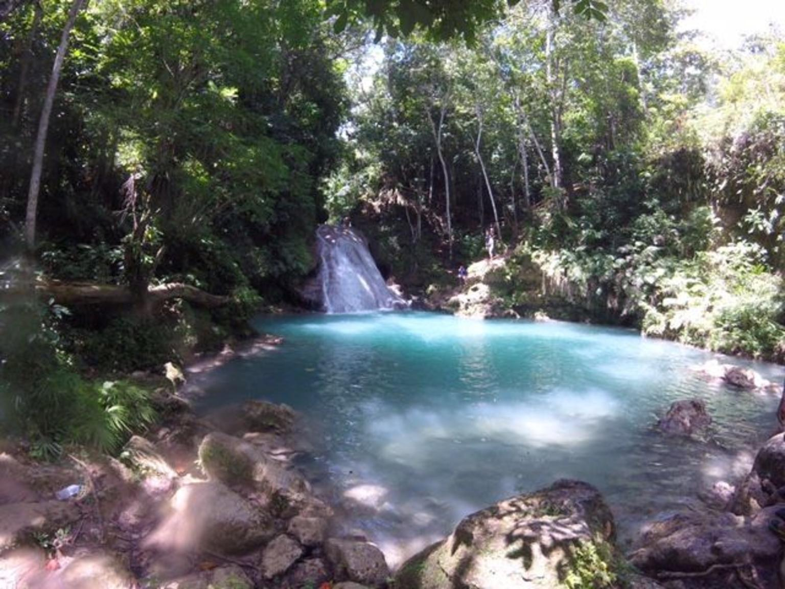 MÁS FOTOS, Recorrido privado el Blue Hole y la cataratas Secret Falls
