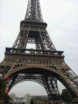My photo of the Eiffel Tower. - October 2007