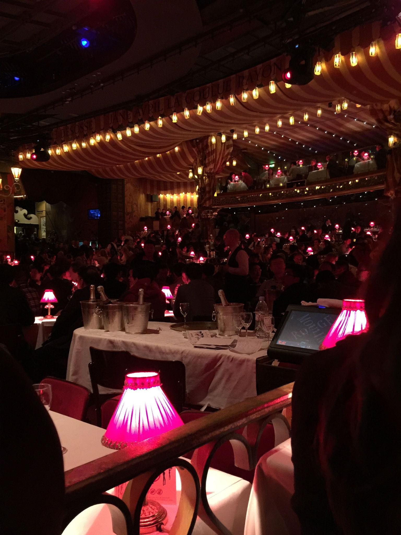 MÁS FOTOS, Espectáculo nocturno con champán en el Moulin Rouge