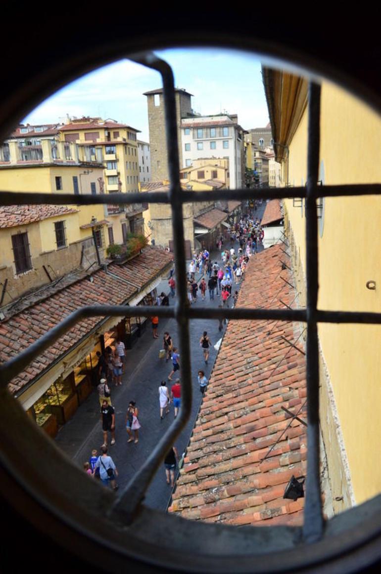 Uffizi Gallery and Vasari Corridor Walking Tour - Florence