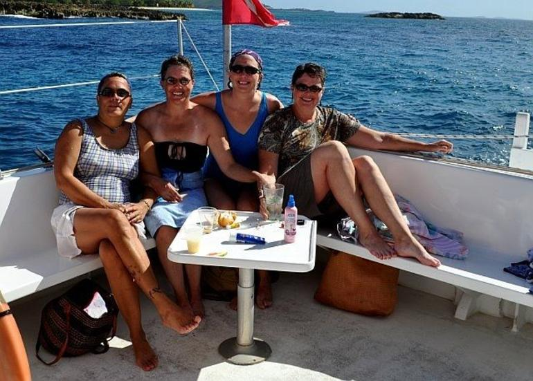 The Ladies - San Juan