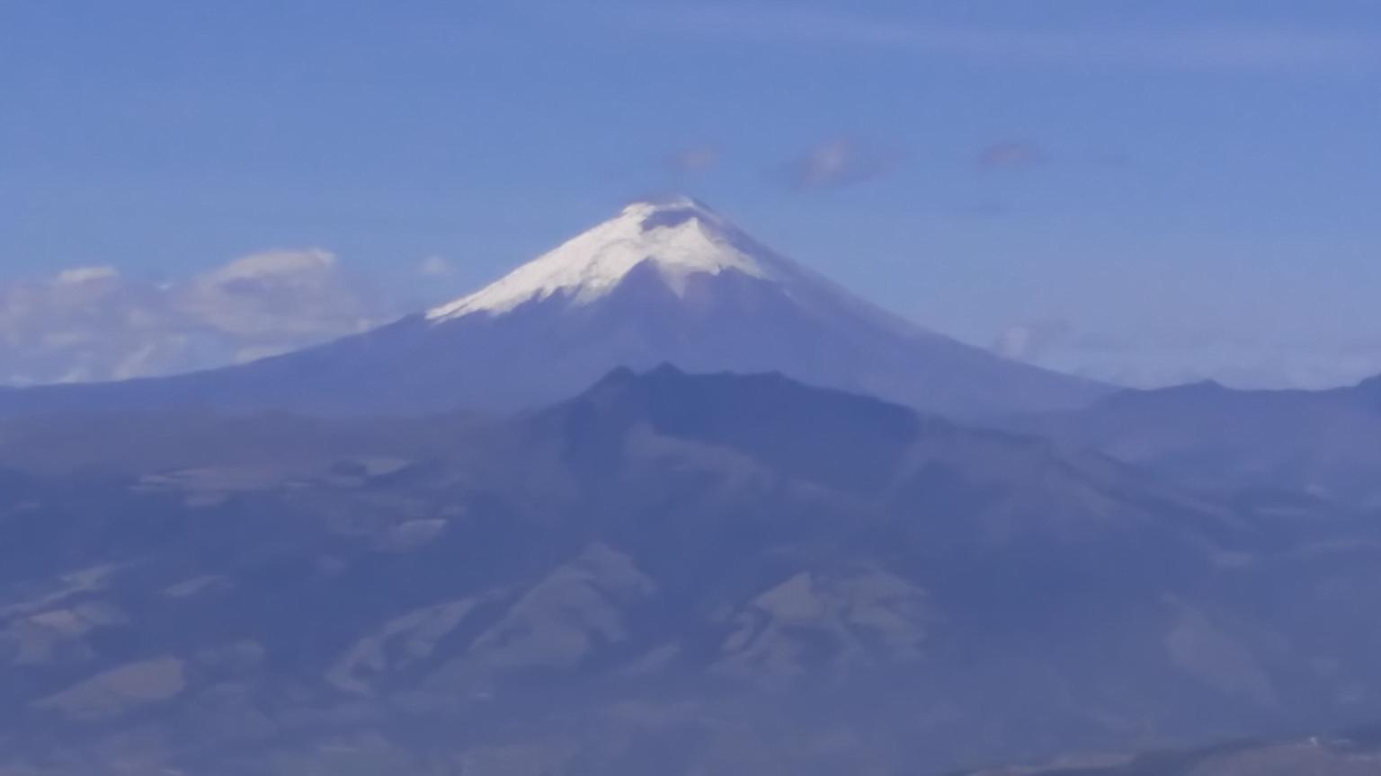 MÁS FOTOS, Excursión a La Mitad del Mundo y el teleférico de Quito