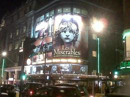 theater from outside in piccaddly, Aisha A - November 2010