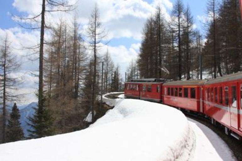 Via Tirano, It - St Moritz, Sw - Milan