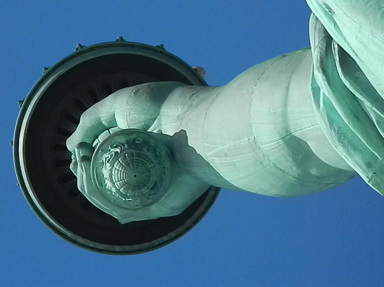 Statue of Liberty and Ellis Island Tour photo 14