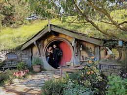 Hobbiton - The largest home to make us look smaller , Jeanette D - November 2017