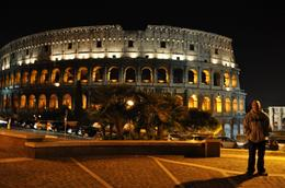 Colosseum at night, just amazing!, Alex Argueta - December 2009