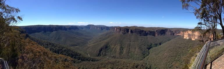 Blue Mountains from atop - Sydney