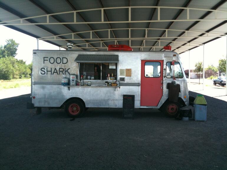 The Food Shark! - Texas