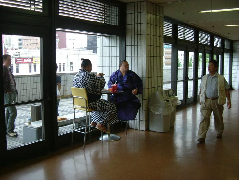 Wrestlers eating - Tokyo