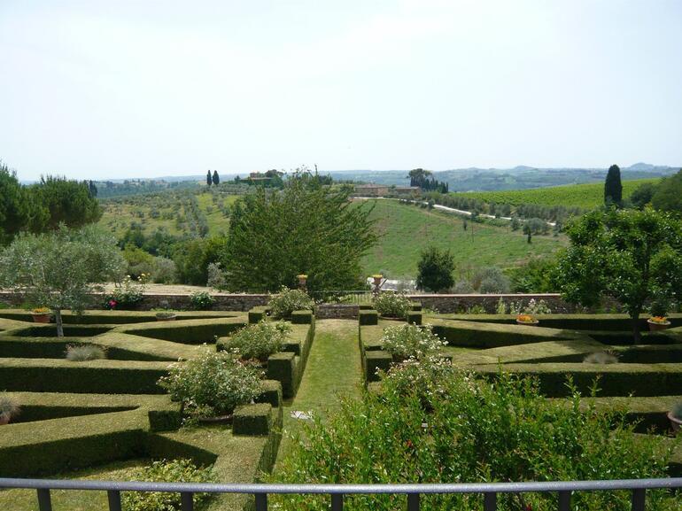Gorgeous Gardens - Florence