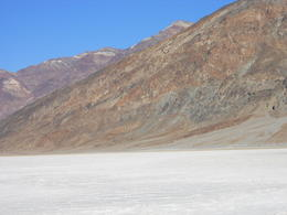 Death Valley, view from below , Roberto van Beem - January 2012
