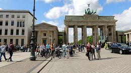 Brandenburger Tor, Berlin , C S - May 2015