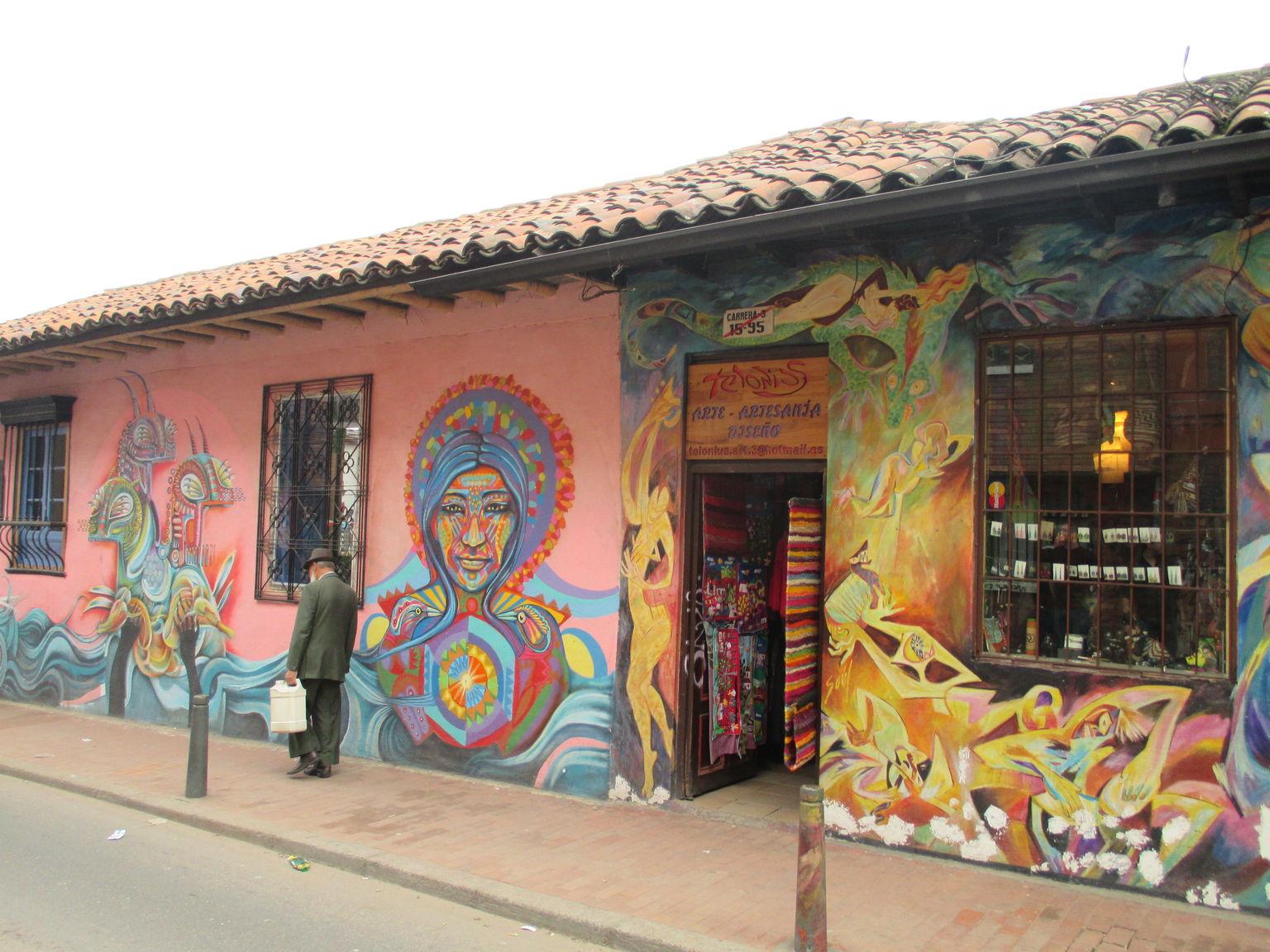 MÁS FOTOS, Excursión a Bogotá durante la escala