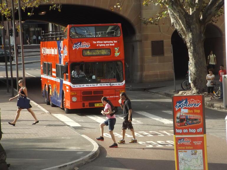 Our Bus 12/03/2014 - Sydney