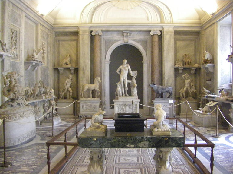 Statue Room at the Vatican - Rome