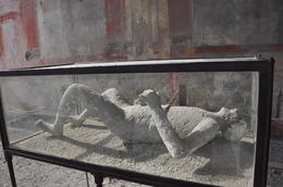 Plaster cast of Vesuvius victim , Antonio T - March 2012