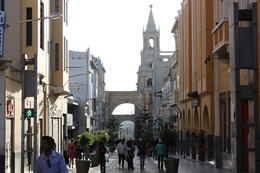 A typical street in Arequipa, Bandit - July 2014