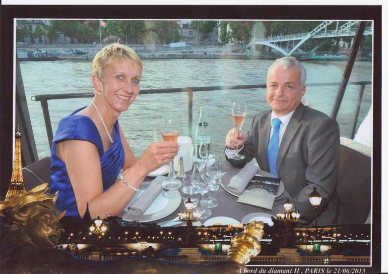 Bryllupsmiddag p� Seinen - Paris